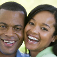 couple-outdoors-smiling_rFYqQ2RBo